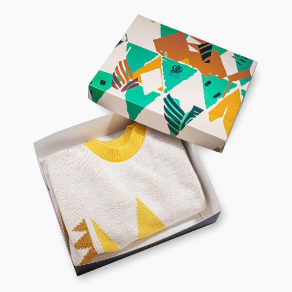 Triangle yellow sweater